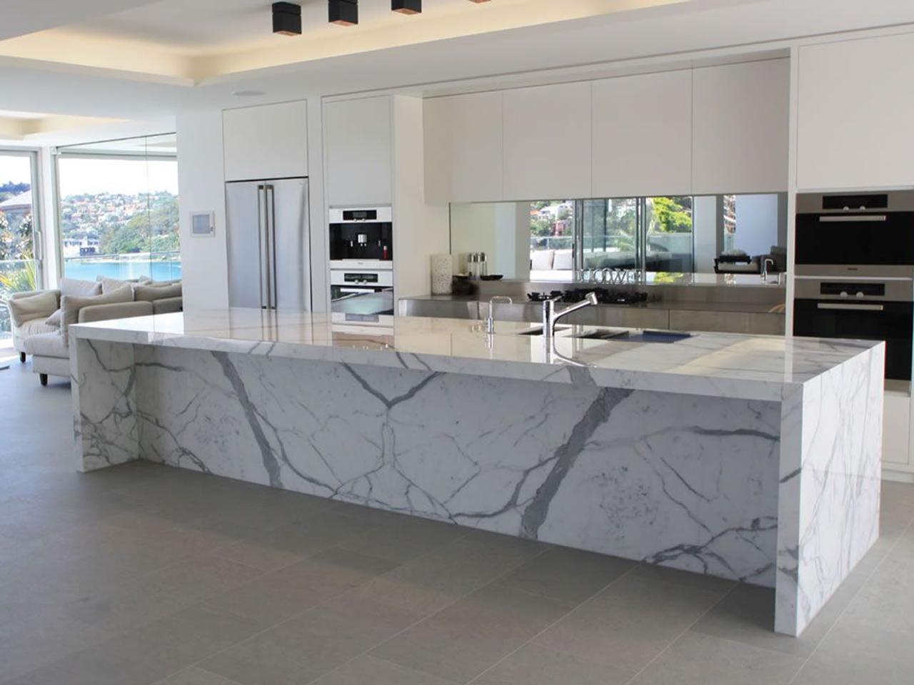 Revestimos pisos y paredes con Mármol y Granito y piedras naturales.